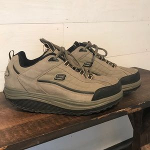 Sketcher shape ups men's 9